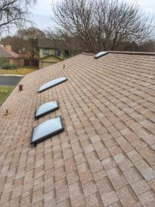 Owens Corning - Amber oak ridge series